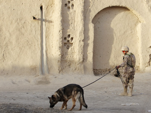 soldier with BRAVO Company, 1st battalion, Royal Canadian Regiment ...